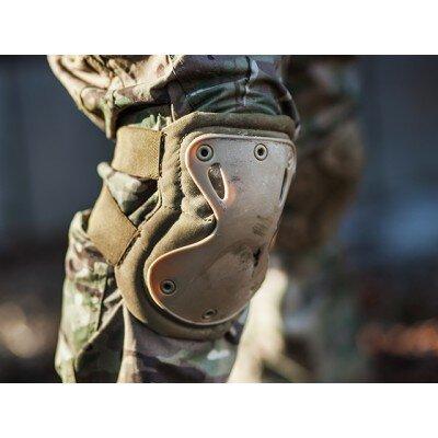 Taktikai térdvédő
